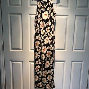 Scoop neck maxi dress EUC